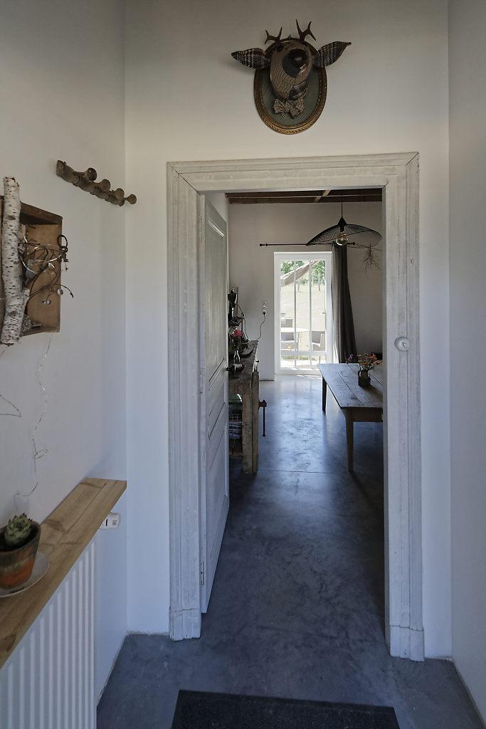 Entrée gîte L'Atelier des curiosités - Atelier and Cow