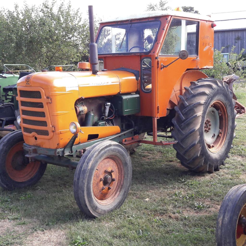 Tracteur à la ferme